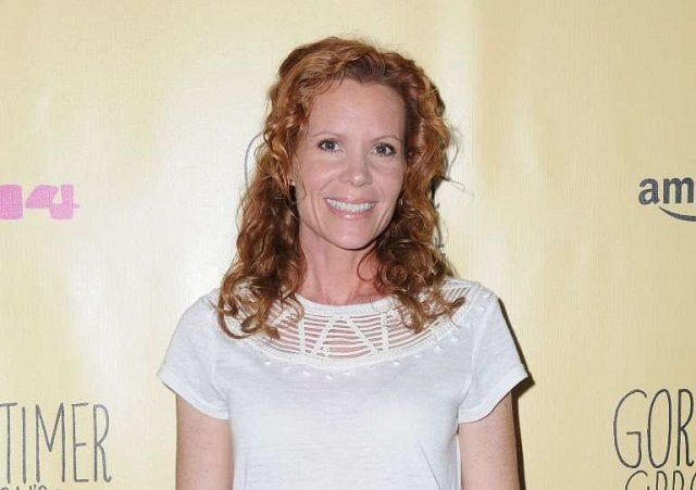 Robyn Lively biography, net worth and career